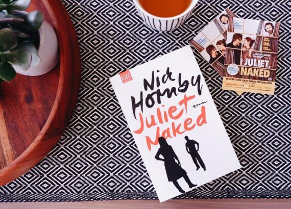 Freikarten und Buch Juliet,Naked